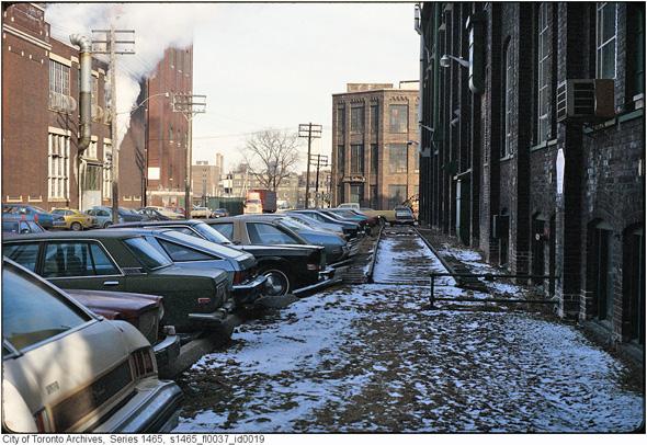 2012215-liberty-street-1970s-s1465_fl0037_id0019.jpg