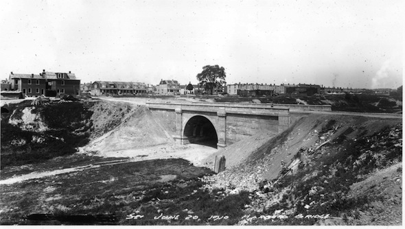 Garrison Creek Harbord Bridge BW