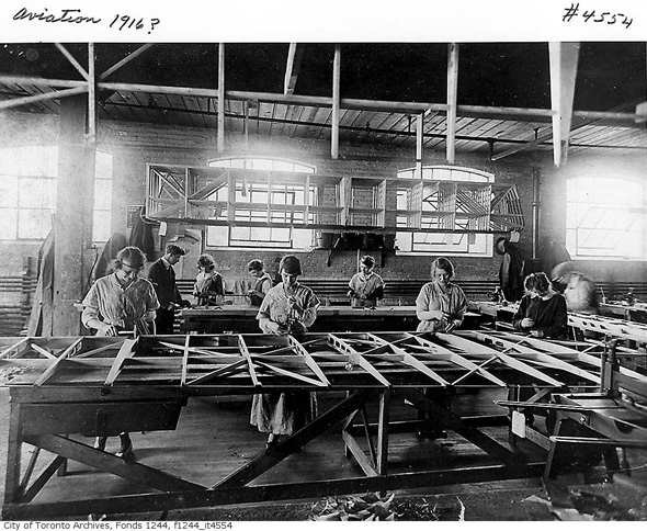 2012330-airplane-assembly-1916-f1244_it4554.jpg