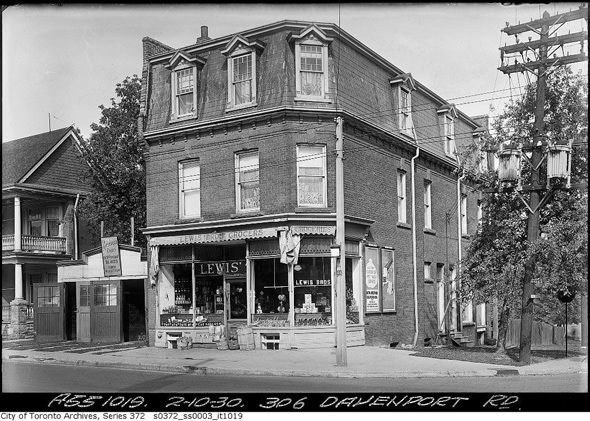 201237-306-Davenport-1930.jpg