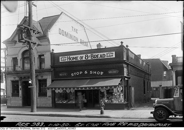 201237-davenport-1930.jpg
