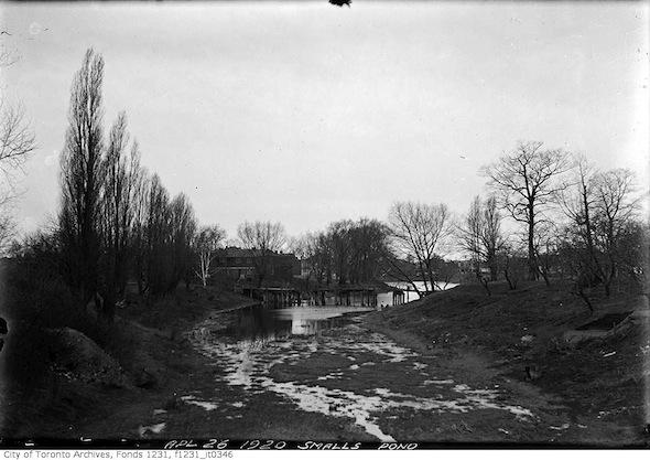 Smalls Pond Dry Bridge
