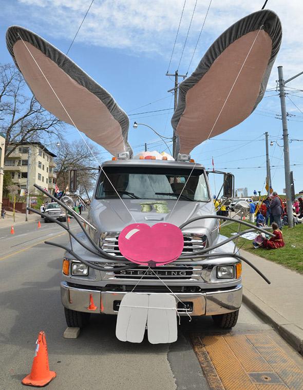 2012409-Beaches-Easter-Parade-2012-5884.jpg