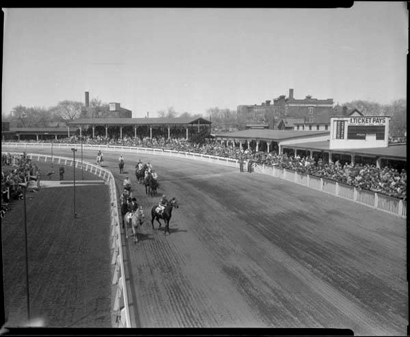 2012412-Dufferin-Race-Track-1950.jpg