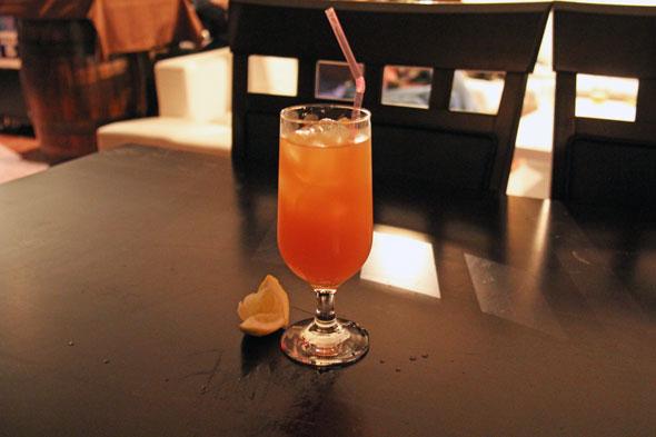 toronto danforth bar nightlife