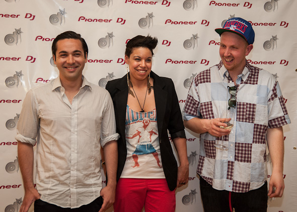 05-28-2012-STYLUS-AWARDS-2012-8-KEN-GALLOWAY_DJ-SHE_RICH-A.JPG