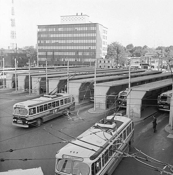 201254-eg-bus-term-1960.jpg