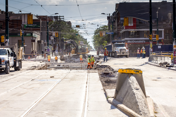 Queen Spadina construction