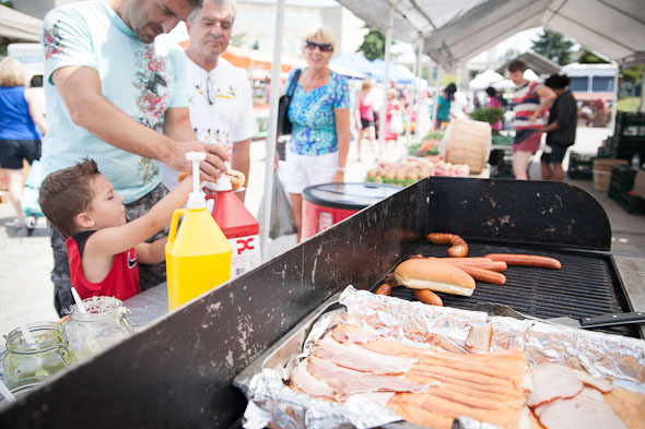 etobicoke civic centre farmers market