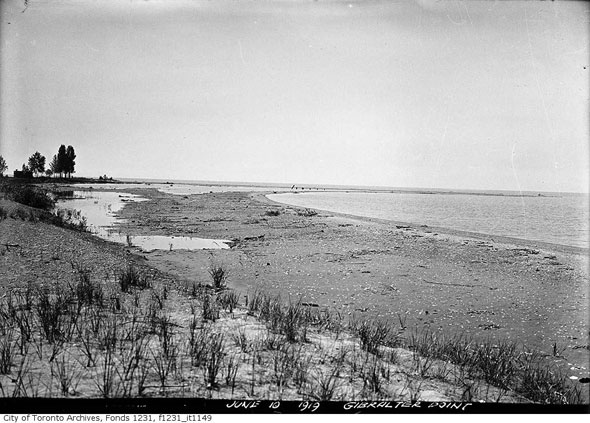 toronto islands gibraltar point beach haunting lighthouse