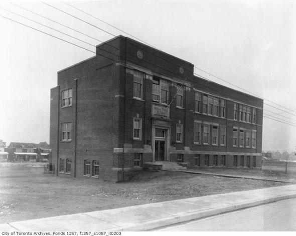 Back To School In Toronto Vintage Edition