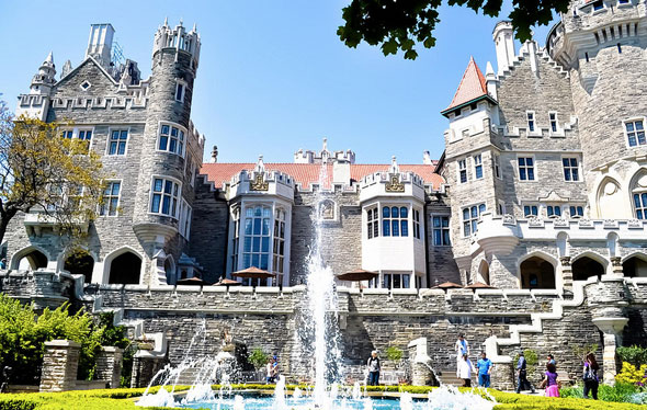 Sunday supplement tiff by the numbers a history of bike for Casa loma mansion toronto