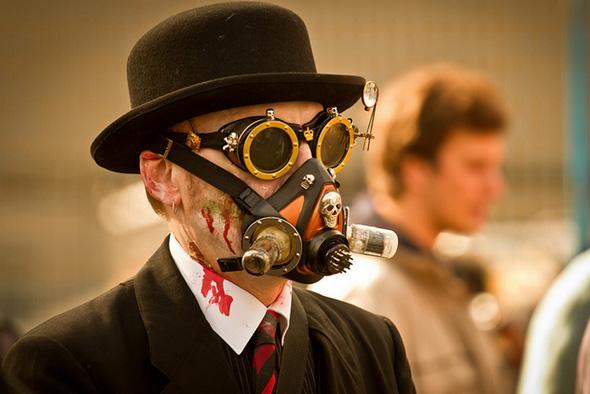 20121021-zombie-gas-mask.jpg