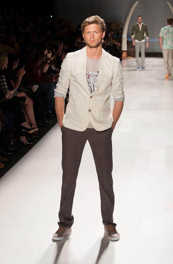 toronto fashion week 2012 bustle