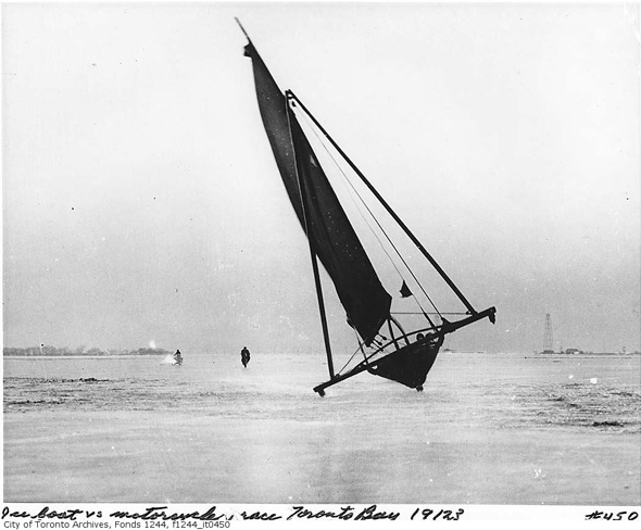 20121211-ice-boat-1912.jpg