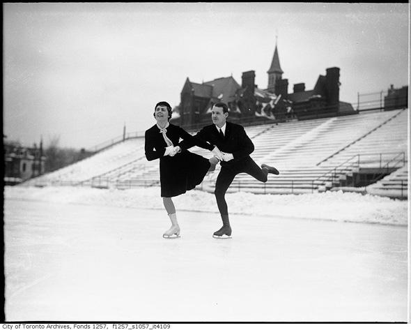 20121211-skating-varsity-stewart-reburn-sonie-henie-1930s-f1257_s1057_it4109.jpg