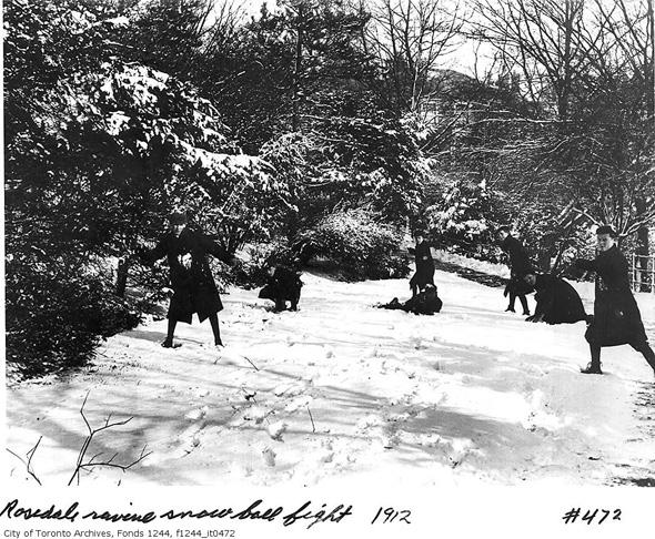 201214-snowball-rosedale-ravine-1912-f1244_it0472.jpg