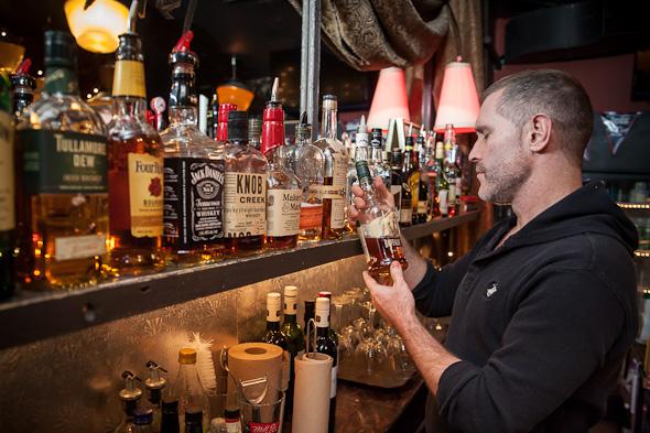 ryan mcvittie bartender motel