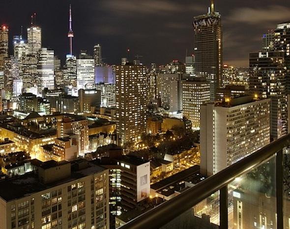 281 Mutual Toronto