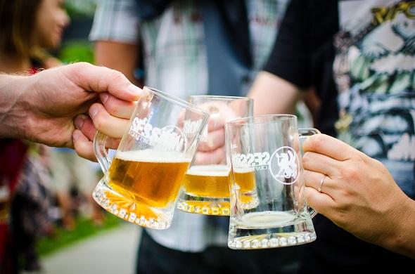20130622 - Session Craft Beer cheers.jpg