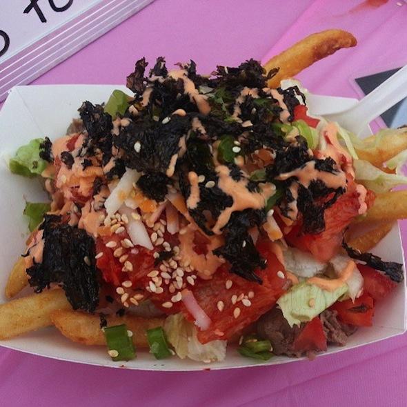 Kimchi with beef bulgogi poutine