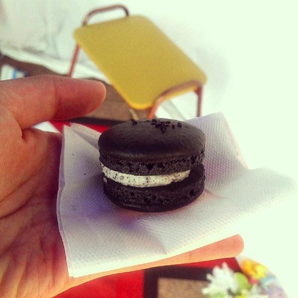 Black sesame macaron