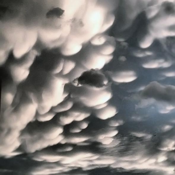 mammatus clouds toronto