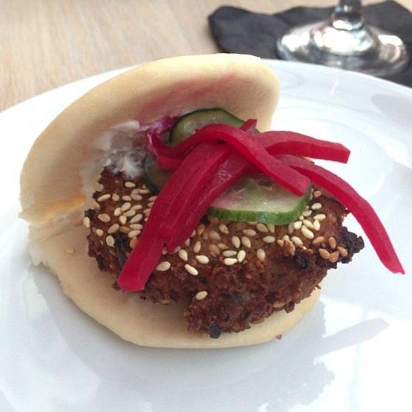 momofuku falafel