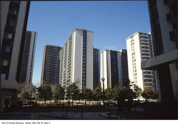 20131230-james-town-1987.jpg