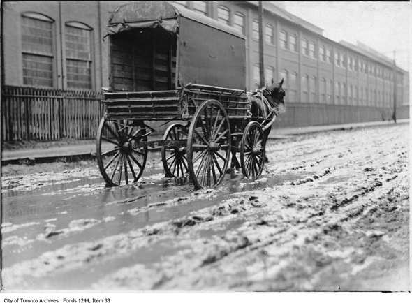 2013128-lans-muddy-canada-foundry-1910.jpg