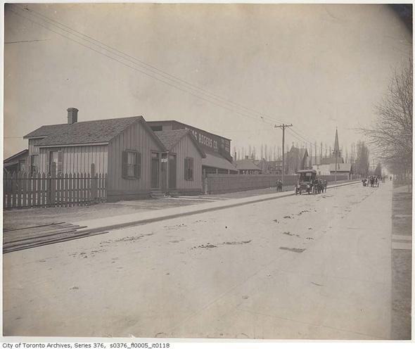 2013128-lans-south-dundas-1890s.jpg
