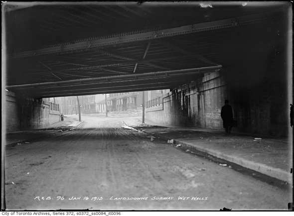 2013128-lans-subway-south-1915.jpg