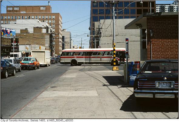 2011426-beck-cab-late-80s-s1465_fl0045_id0005.jpg