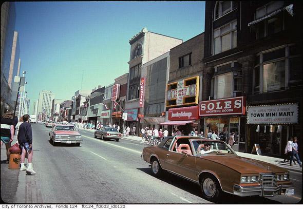 2011426-cabs-yonge-street-80s-f0124_fl0003_id0130.jpg