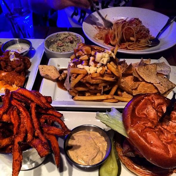 pub food Toronto