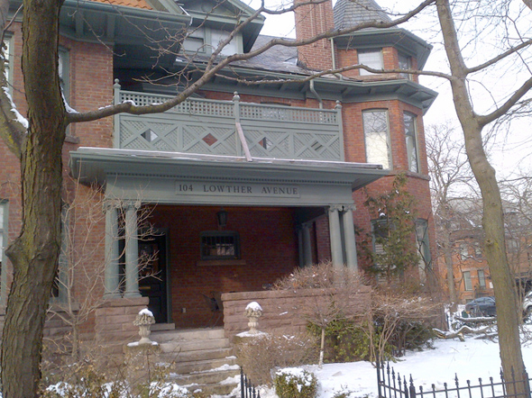 104 Lowther Ave