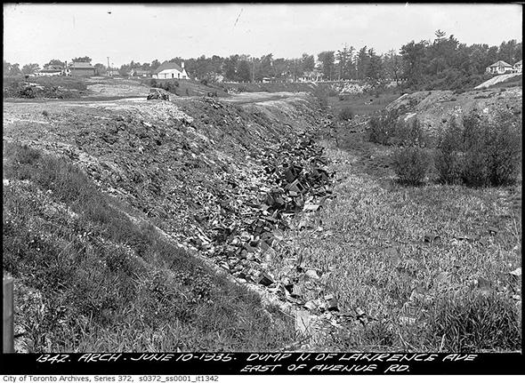 2014423-dump-north-law-ave-1935.jpg