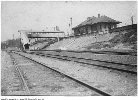 toronto sunnyside station
