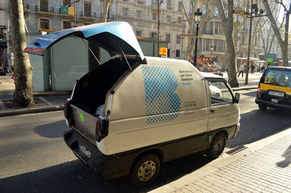 barcelona garbage