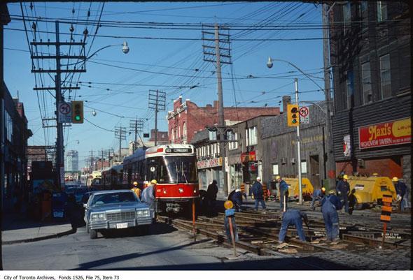 toronto queen street 1980s