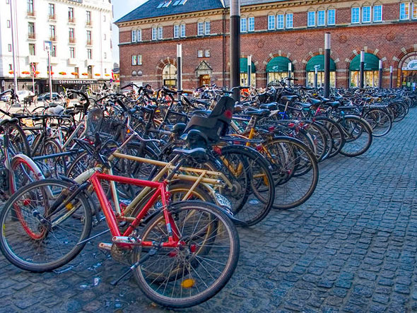 copenhagen bike parking