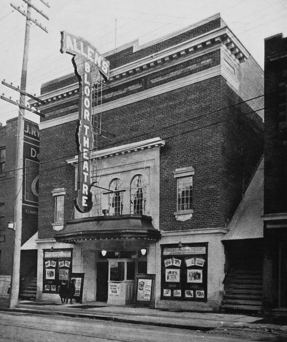 toronto theatre lee's