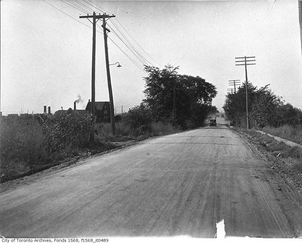 toronto weston road
