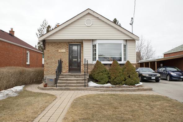 148 North Bonnington Avenue Toronto