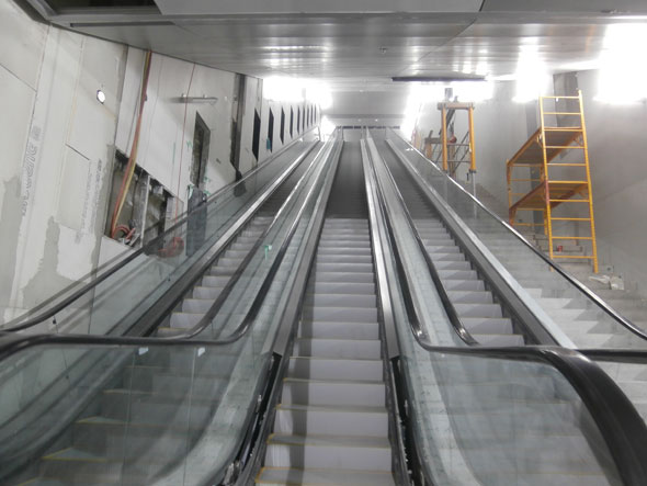 toronto island airport tunnel