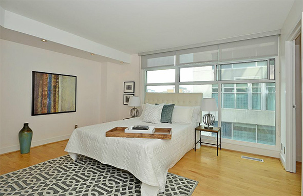 388 Richmond Street West condo