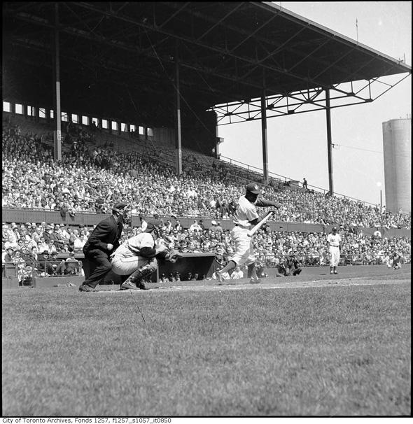 2011713-maple-leaf-stadium-1937-f1257_s1057_it0850.jpg