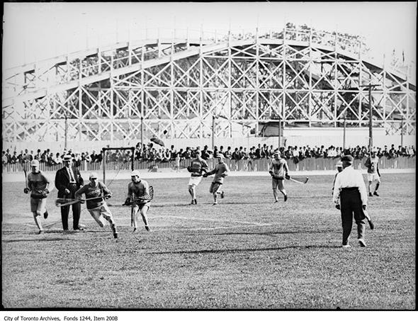 201575-lacross-hanlans-point-stadium-1910.jpg