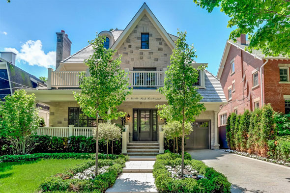 toronto 5 million beaches