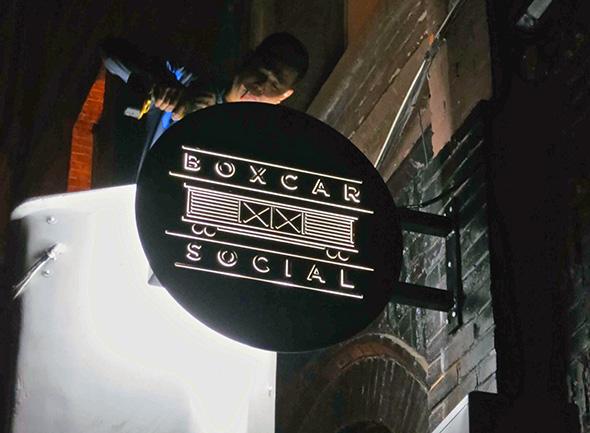 toronto restaurant signs